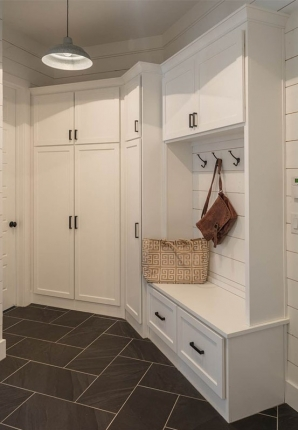 Country 286-00072 Mudroom