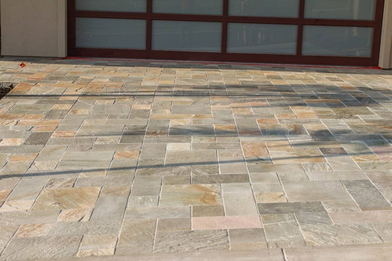 Driveways as design elements america 39 s best house plans blog for Tile driveway