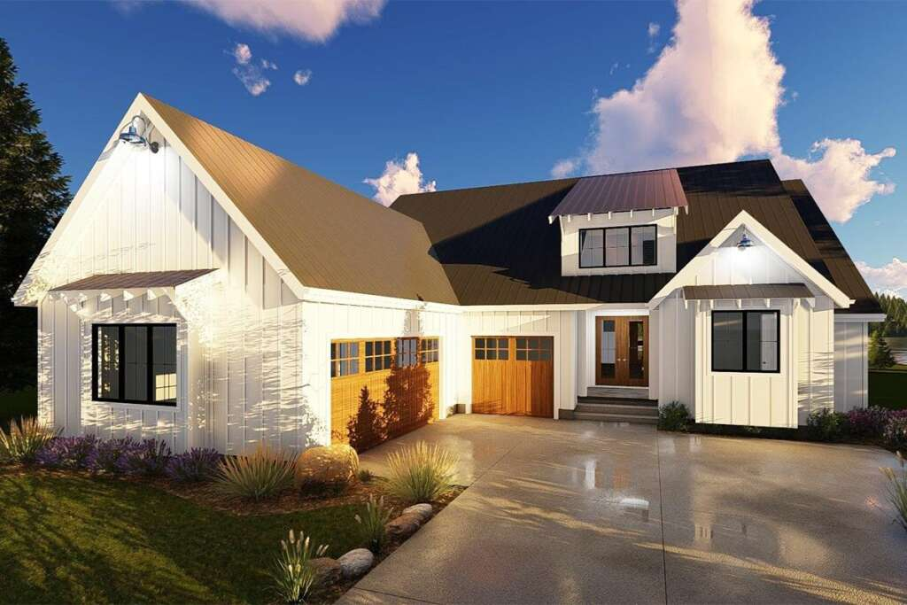 Modern Farmhouse House Plan 963-00190