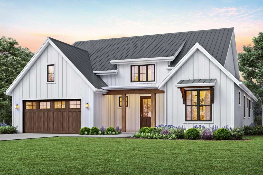 Modern Farmhouse Plan 2559-00815