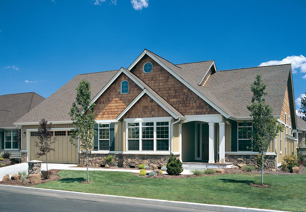 Traditional plan 2 001 square feet 3 bedrooms 2 for Www houseplans net