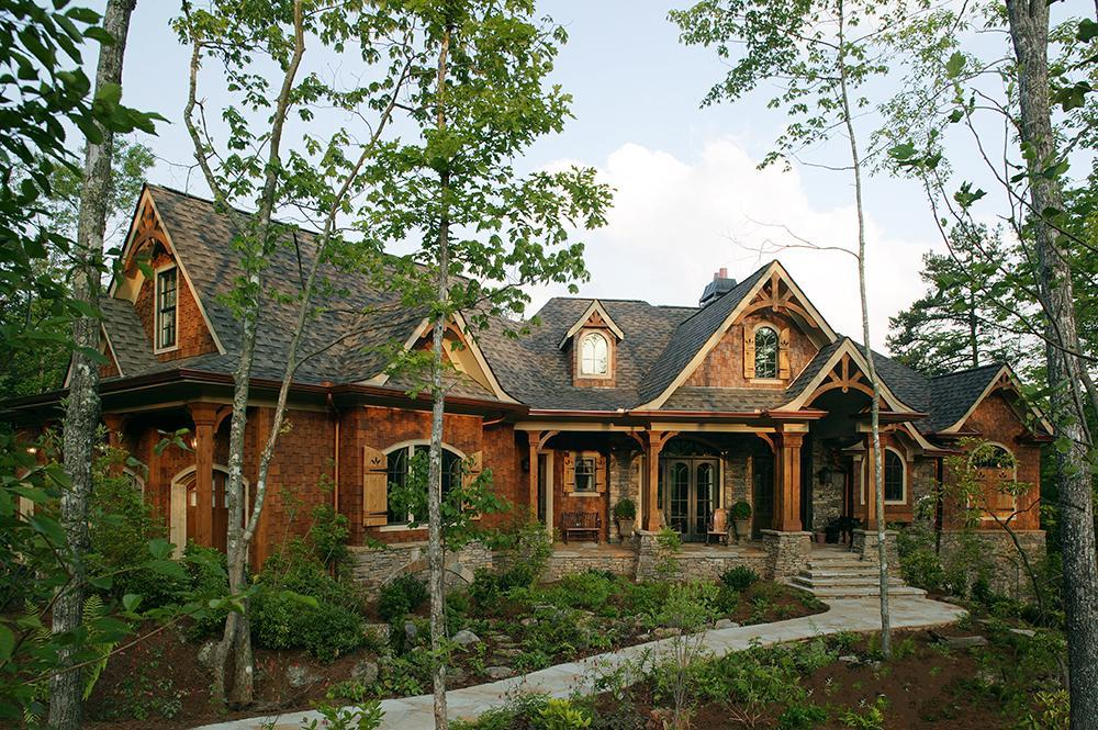 3 Bed, 2 Bath, 2343 Square Foot House Plan #699-00083