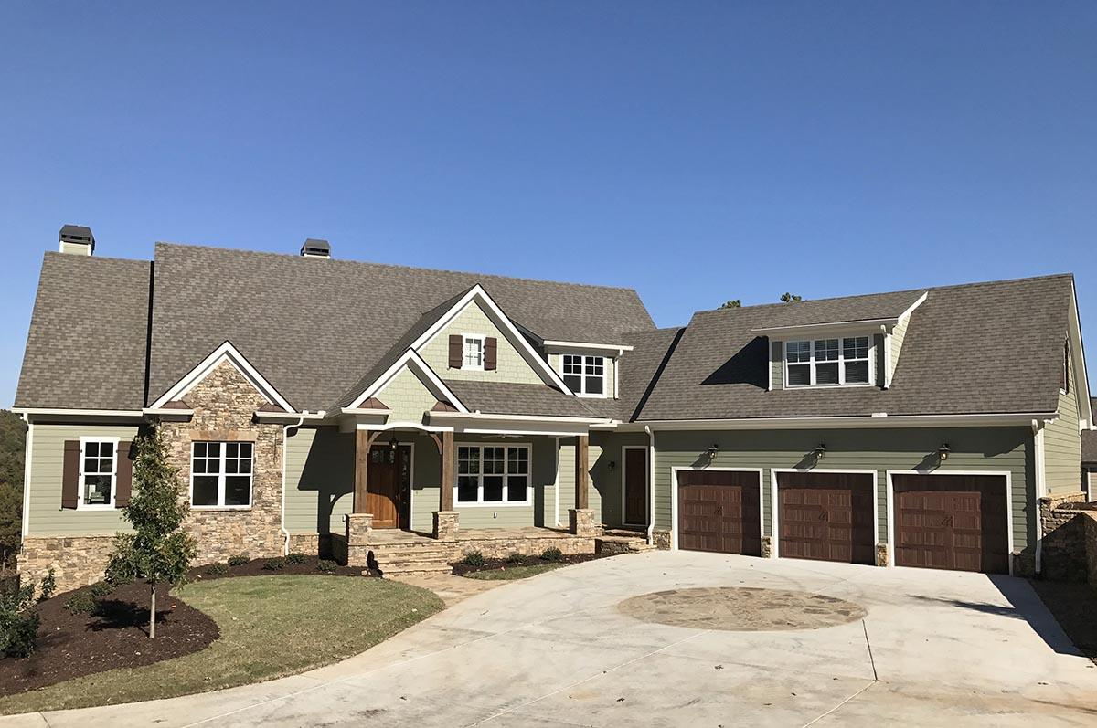 4 Bed, 4 Bath, 3958 Square Foot House Plan #286-00074