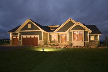 Craftsman Plan    Square Feet    Bedrooms    Bathrooms    If a real photograph is available please note that it   reflect the homeowner    s modifications to the plan and that you should always reference the floor