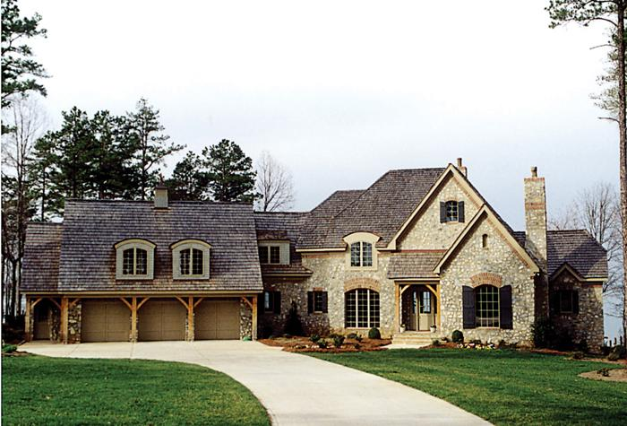 3 Bed, 4 Bath, 3660 Square Foot House Plan - #3323-00345