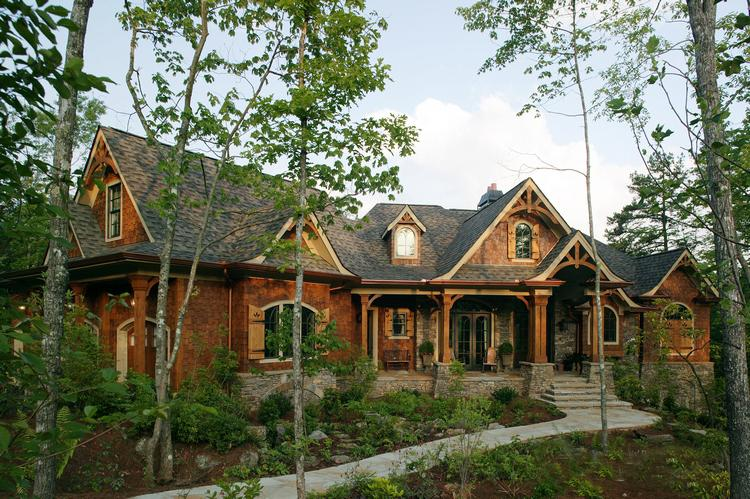 Craftsman Plan: 5,662 Square Feet, 4 Bedrooms, 4.5 Bathrooms - 699