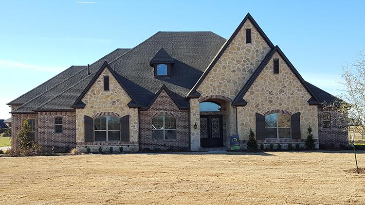 4 Bed, 3 Bath, 4222 Square Foot House Plan - #5445-00245
