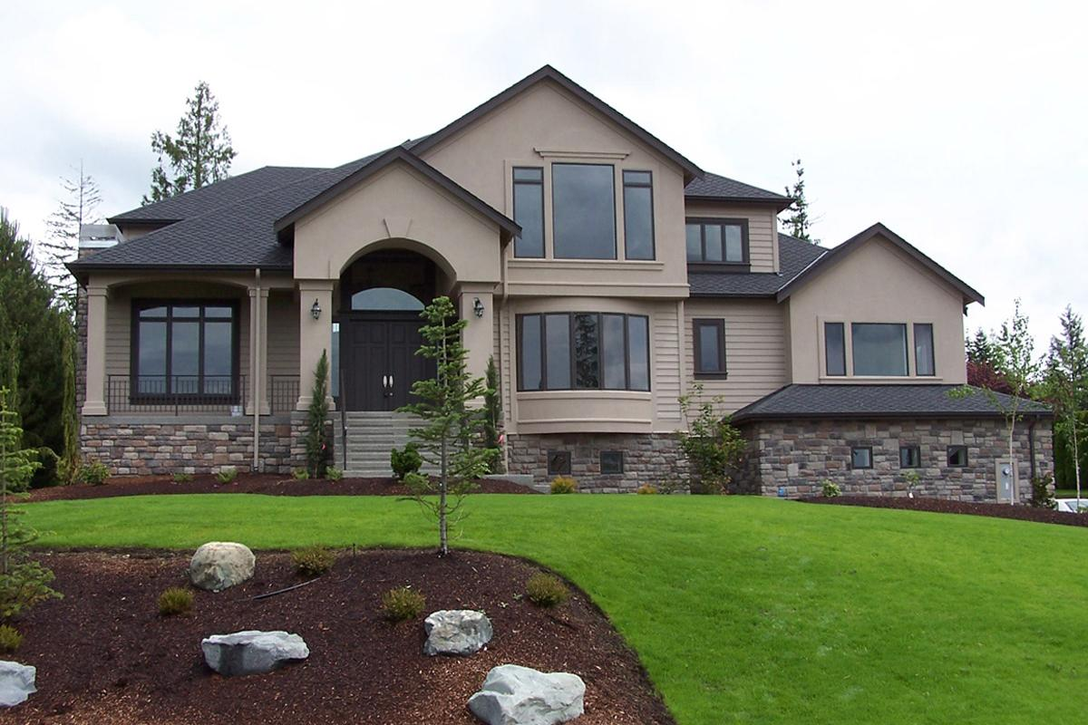 4 Bed, 5 Bath, 4795 Square Foot House Plan - #341-00278