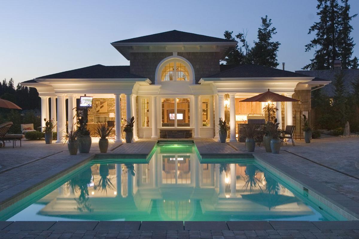 Luxury Plan 9 820 Square Feet 4 Bedrooms 7 5 Bathrooms