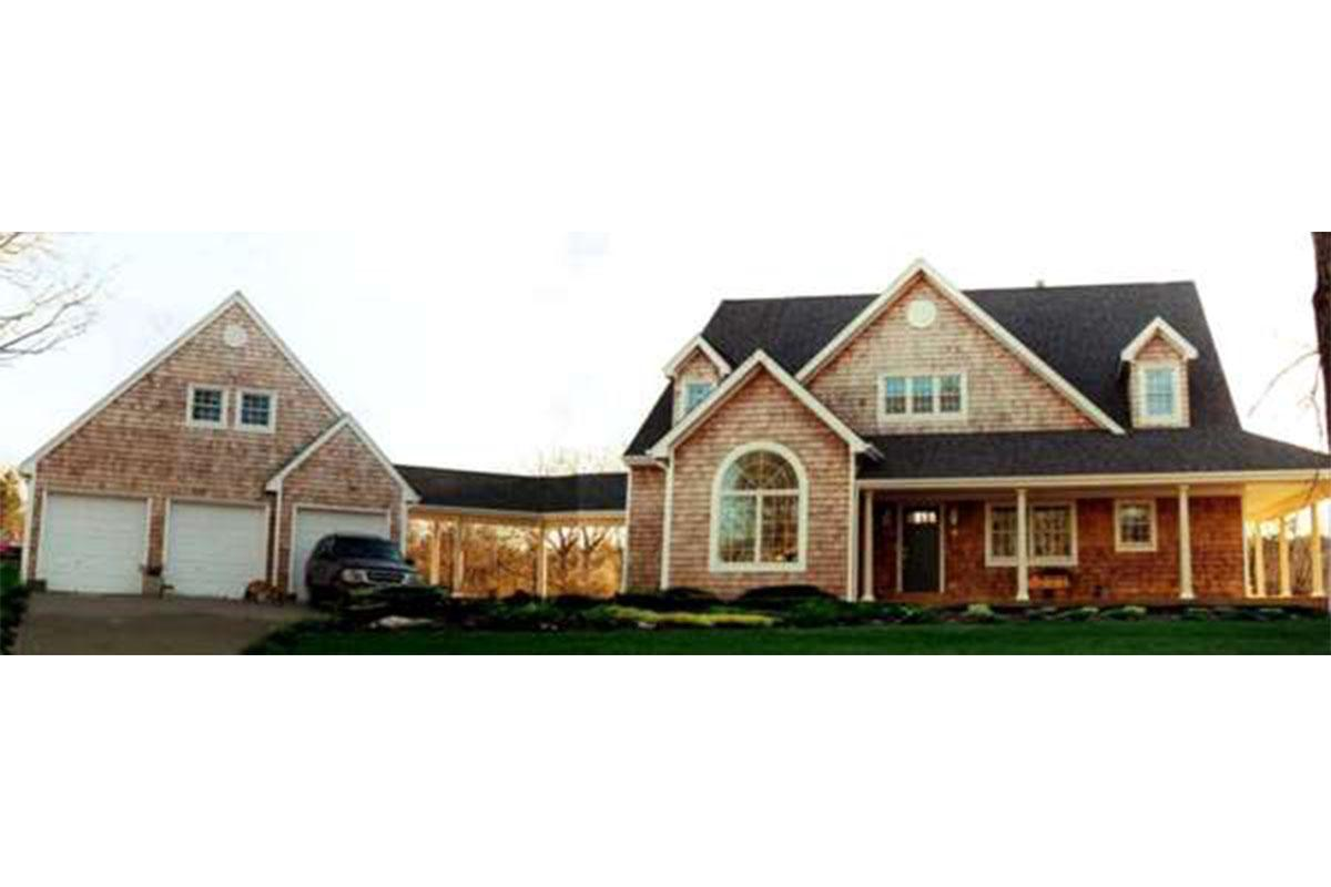 4 Bed, 2 Bath, 2791 Square Foot House Plan - #033-00058