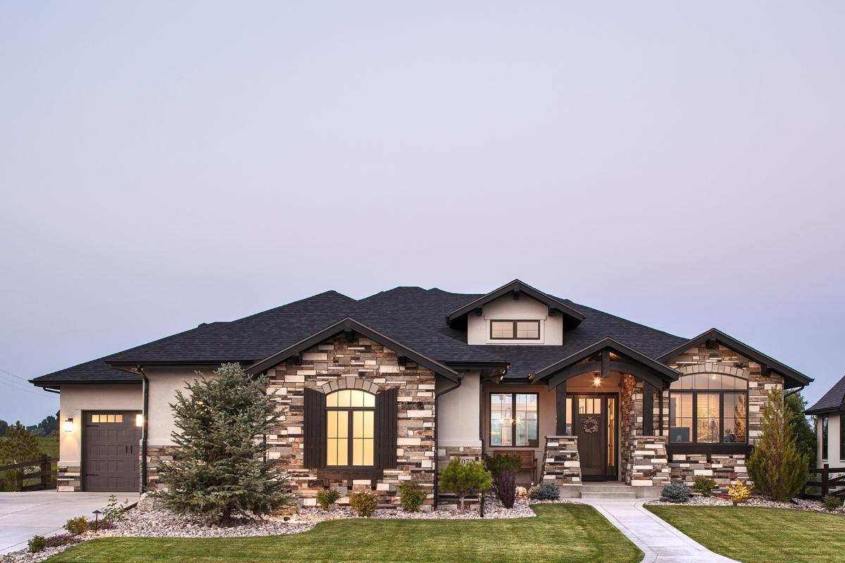 2 Bed, 2 Bath, 2422 Square Foot House Plan - #5631-00097