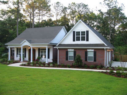 3 Bed, 3 Bath, 2097 Square Foot House Plan #036-00084