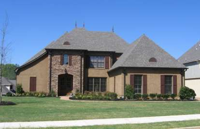 4 Bed, 4 Bath, 3880 Square Foot House Plan - #053-02534
