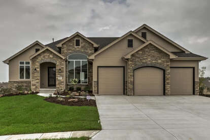3 Bed, 3 Bath, 2392 Square Foot House Plan - #963-00054