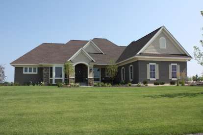 5 Bed, 4 Bath, 5035 Square Foot House Plan - #098-00217