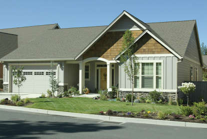 3 Bed, 2 Bath, 1800 Square Foot House Plan - #2559-00093