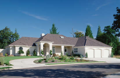 3 Bed, 2 Bath, 3004 Square Foot House Plan - #2559-00157
