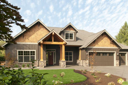 3 Bed, 2 Bath, 2735 Square Foot House Plan - #2559-00389