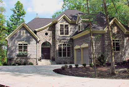 3 Bed, 3 Bath, 2443 Square Foot House Plan #3323-00115