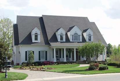 5 Bed, 4 Bath, 6142 Square Foot House Plan - #3323-00436