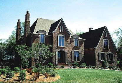 5 Bed, 4 Bath, 4694 Square Foot House Plan - #3323-00470