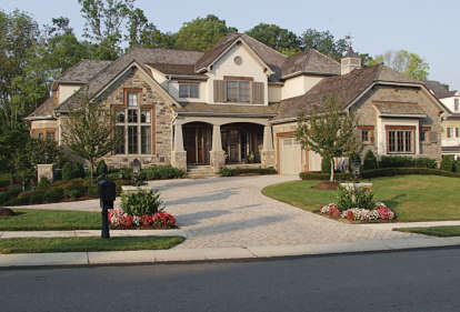 6 Bed, 5 Bath, 7502 Square Foot House Plan - #3323-00497