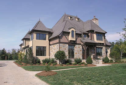 5 Bed, 5 Bath, 5871 Square Foot House Plan - #3323-00518