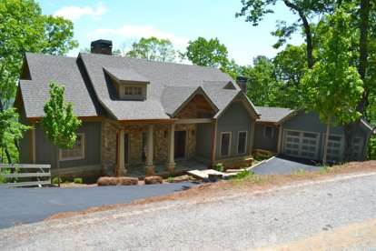 2 Bed, 4 Bath, 3231 Square Foot House Plan - #957-00051
