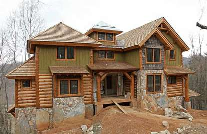 3 Bed, 3 Bath, 2340 Square Foot House Plan - #8504-00031