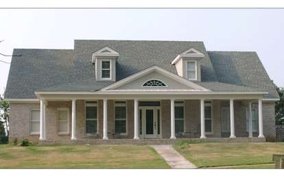 4 Bed, 3 Bath, 2590 Square Foot House Plan - #1070-00032