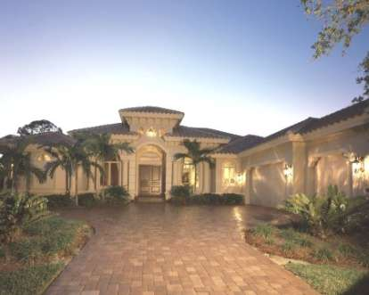 3 Bed, 3 Bath, 3508 Square Foot House Plan #1018-00081