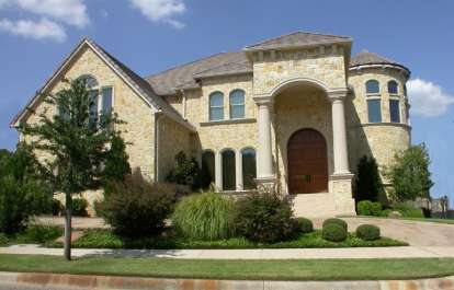 5 Bed, 6 Bath, 7826 Square Foot House Plan - #5445-00222