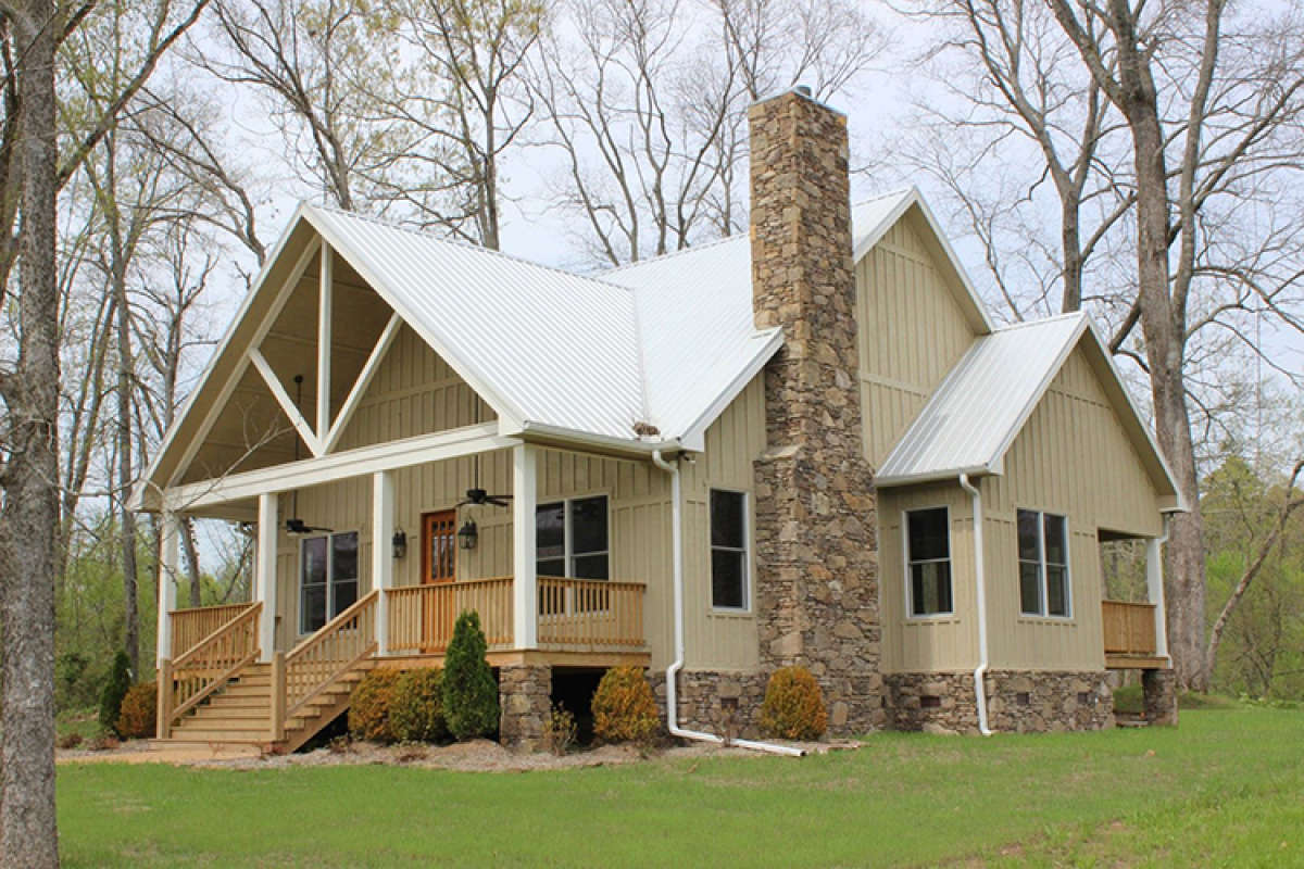 Country Plan: 1,972 Square Feet, 3 Bedrooms, 3.5 Bathrooms ...