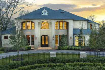 5 Bed, 6 Bath, 7698 Square Foot House Plan - #5445-00249