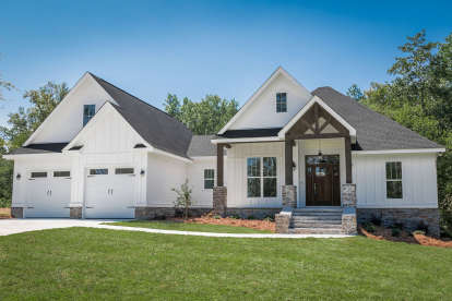 3 Bed, 2 Bath, 2073 Square Foot House Plan #041-00161