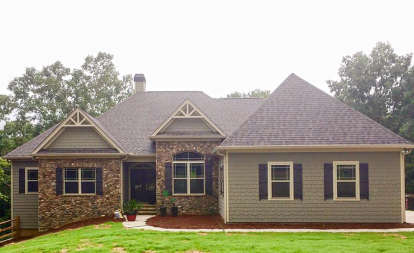 3 Bed, 3 Bath, 3076 Square Foot House Plan - #286-00065