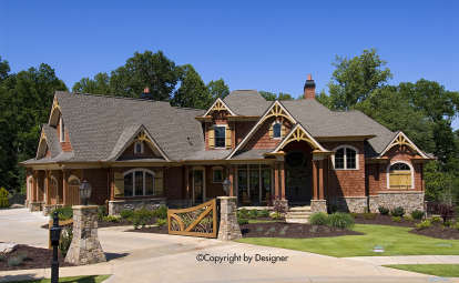 6 Bed, 5 Bath, 5130 Square Foot House Plan #699-00075