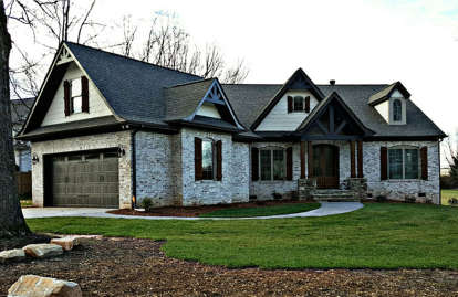 3 Bed, 2 Bath, 2404 Square Foot House Plan #4195-00004