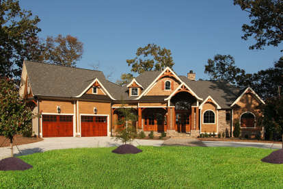 4 Bed, 4 Bath, 3463 Square Foot House Plan - #699-00187