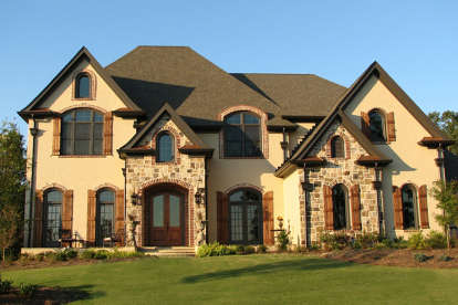 5 Bed, 5 Bath, 5136 Square Foot House Plan - #699-00223