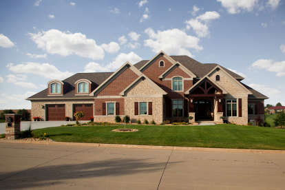 6 Bed, 4 Bath, 7605 Square Foot House Plan - #1020-00355