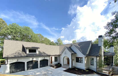 4 Bed, 4 Bath, 3794 Square Foot House Plan - #286-00104