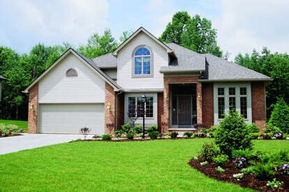 4 Bed, 2 Bath, 2113 Square Foot House Plan - #402-00200