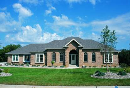 3 Bed, 2 Bath, 2172 Square Foot House Plan - #402-00206