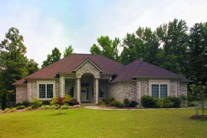 3 Bed, 2 Bath, 2456 Square Foot House Plan - #402-00285