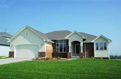 1 Bed, 2 Bath, 1595 Square Foot House Plan - #402-00435