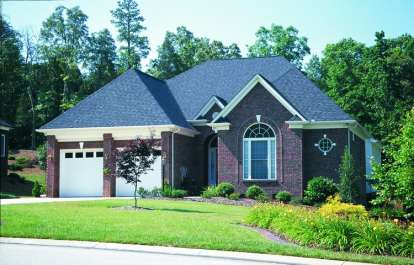 3 Bed, 2 Bath, 2409 Square Foot House Plan - #402-00987