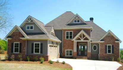3 Bed, 2 Bath, 2569 Square Foot House Plan - #286-00054