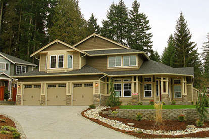 6 Bed, 3 Bath, 4575 Square Foot House Plan - #341-00226