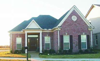 2 Bed, 3 Bath, 2105 Square Foot House Plan - #053-00582
